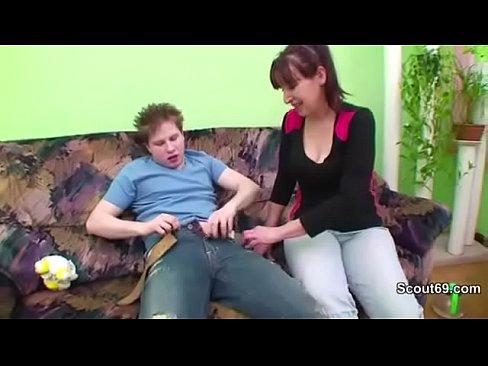 http://img-l3.xvideos.com/videos/thumbslll/16/93/6b/16936bb575737133089f6bd5d127d5dd/16936bb575737133089f6bd5d127d5dd.5.jpg