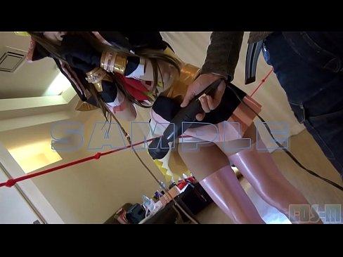 ガチコスプレの素人美少女との濃厚ハメ撮りセックス動画。電マや肉棒に潮吹きしながら連続昇天!
