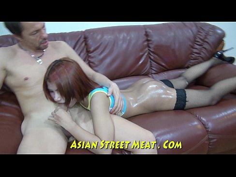 http://img-l3.xvideos.com/videos/thumbslll/2c/8b/e2/2c8be2f85bdfa057830d616e39a864cb/2c8be2f85bdfa057830d616e39a864cb.15.jpg