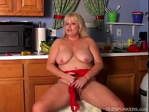 Liz rob handjob
