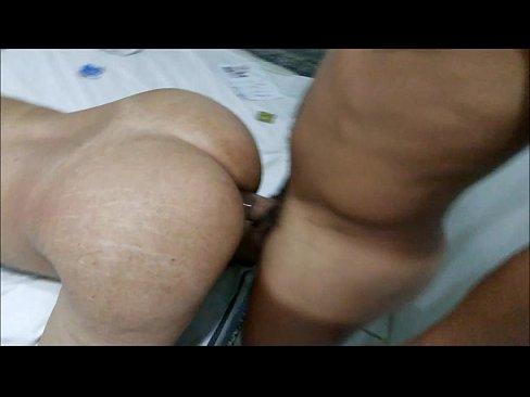 Sexo anal com a esposa gostosa da bunda grande que adora piroca no cuzinho