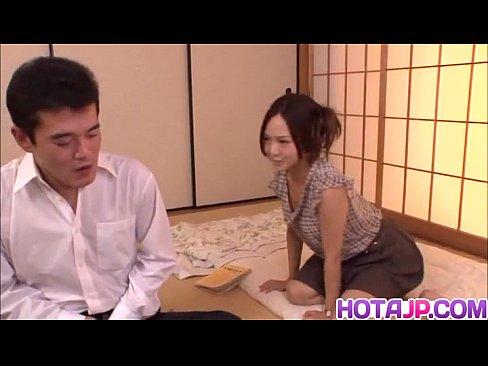 百田ゆきなちゃんの家庭教師役が美人すぎるw全体的にエロすぎる表情にいつの間にか鉛筆持ってた手はち●こへwww