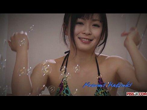 【無修正】ド淫乱変態美女 羽月希ちゃんがオマンコグッチョ濡れでチンポを根元までしゃぶり尽くすぶ...
