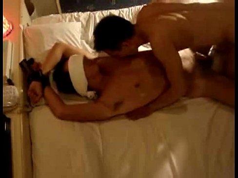 [ゲイ動画] とあるラブホテルでドM少年を拘束し目隠しさせながらSM調教するド変態カップルのハメ撮り映像が流失…!