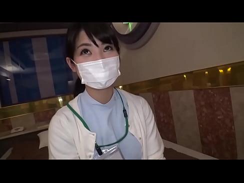 歯科衛生士の超超美人なセクシーなお姉さんがハメ撮り企画に出演しドリルフェラチオ&立ちバックスーパーセックス