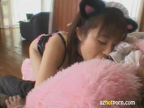 【無料エロ動画】猫のコスプレイヤーしたスイカップちゃんが飼い主チンコ...