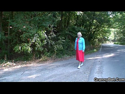 http://img-l3.xvideos.com/videos/thumbslll/3a/3f/8c/3a3f8c814bae29e757e06df1241c3115/3a3f8c814bae29e757e06df1241c3115.2.jpg