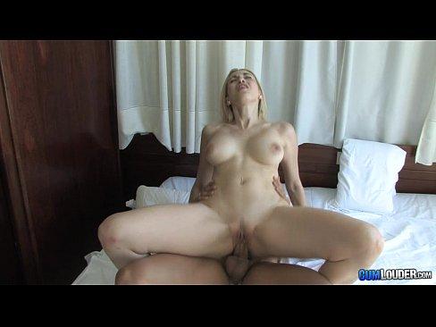 Adriana Deluxe rubia madurita caliente Horny blonde Spanish Milf