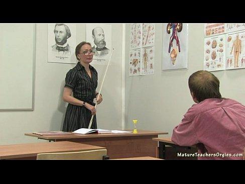 Russian Teacher 18-pron -19 Min