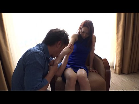 【早川美緒】 裏スジまで丁寧に舐め、喉奥まで頬張るフェラがエロすぎる...