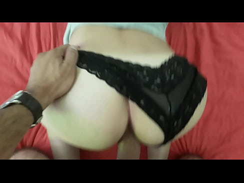 Esta Sexy Perrita Se Mata Sola La Muy Puta, ¿Se Nota?