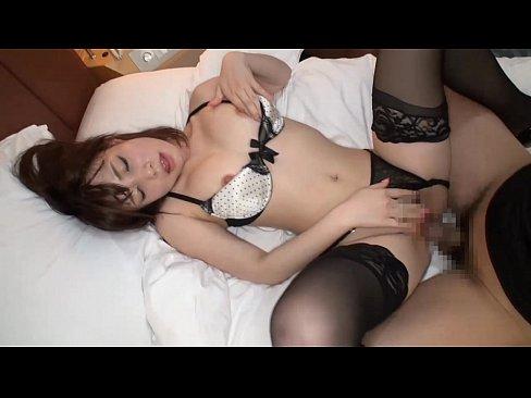 姉の無料H動画。可愛い水玉の下着姿のパーフェクトボディお姉さんと激しくセックス 長谷川るい