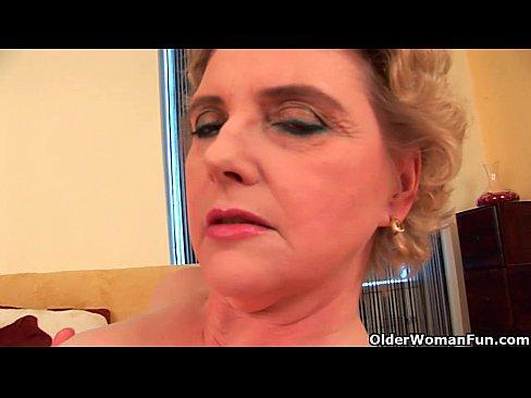 http://img-l3.xvideos.com/videos/thumbslll/4d/18/27/4d18277c111899050c37f889ac768d38/4d18277c111899050c37f889ac768d38.4.jpg