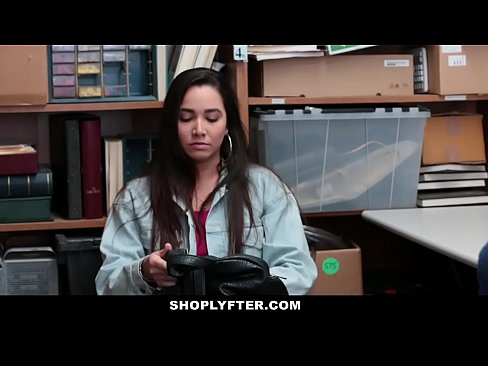 Shoplyfter sexy teen learns lesson after stealing 9