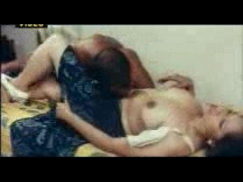 boyfriend kisses naked bbw