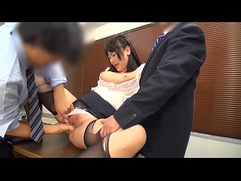 ブラック企業に勤めるドMなOLが性的サービスまで強要される