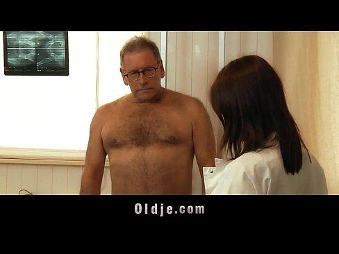 http://img-l3.xvideos.com/videos/thumbslll/5c/58/b8/5c58b8b8c94f93f6c6a71e74126cc53a/5c58b8b8c94f93f6c6a71e74126cc53a.9.jpg
