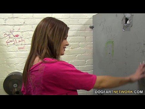 Ashlynn Leigh Tries BBC at Gloryhole