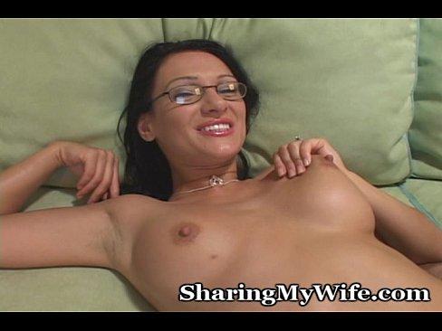 http://img-l3.xvideos.com/videos/thumbslll/60/52/83/6052838a4fdc5f9b1f024be4df1bf206/6052838a4fdc5f9b1f024be4df1bf206.18.jpg