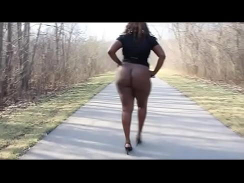Coroa Negra Rabuda Gostosa Mostrando A Bunda Gigante No Sexo Brasil Samba Porno Tube Zap