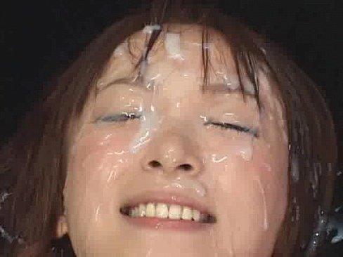 (xvideos)桃瀬えみる、可愛い顔を大量の精子で汚すぶっかけ顔射が変態