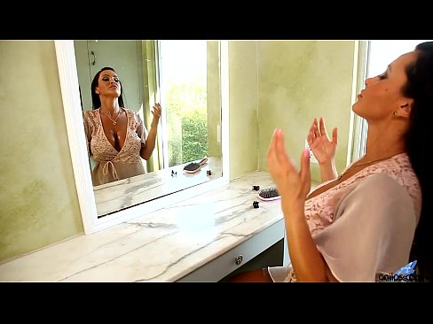 http://img-l3.xvideos.com/videos/thumbslll/66/c6/61/66c66170370feadaf1594941e1adfa3b/66c66170370feadaf1594941e1adfa3b.2.jpg