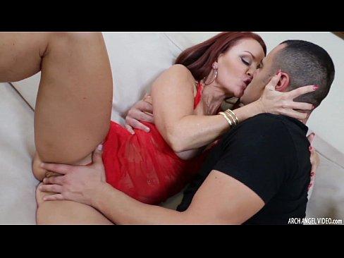 Janet sabe lidar com uma grande rola