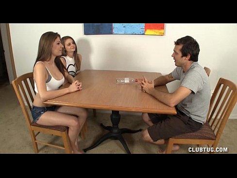 http://img-l3.xvideos.com/videos/thumbslll/69/d3/00/69d3007a8bb443c45367552ff514277b/69d3007a8bb443c45367552ff514277b.1.jpg
