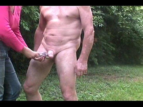 http://img-l3.xvideos.com/videos/thumbslll/69/dc/65/69dc65c30856a9096cb5bdca45a26389/69dc65c30856a9096cb5bdca45a26389.17.jpg