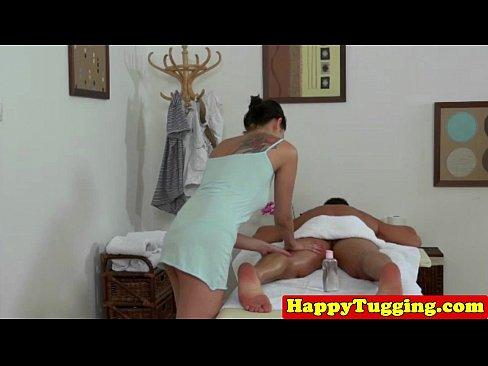 http://img-l3.xvideos.com/videos/thumbslll/6b/00/53/6b00531910e85388510bd6537237eda8/6b00531910e85388510bd6537237eda8.3.jpg
