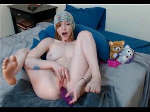 Redhead teen Jaimee Fae dildoing her pussy on webcam