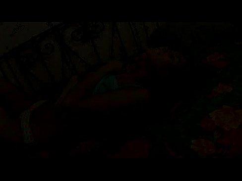 Videos de Sexo Sexo ninfetinha muito sexy se acabando na siririca