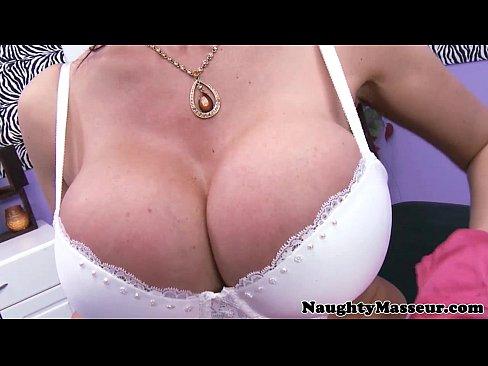 http://img-l3.xvideos.com/videos/thumbslll/6d/19/dc/6d19dc7716fea2b18246f2ead38e80e5/6d19dc7716fea2b18246f2ead38e80e5.2.jpg
