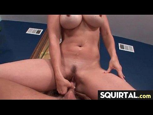 как рвут целки порно