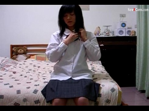 Chinese Girl Show Cam
