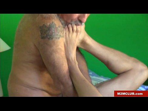 Ролики зрелые женщины оргазм