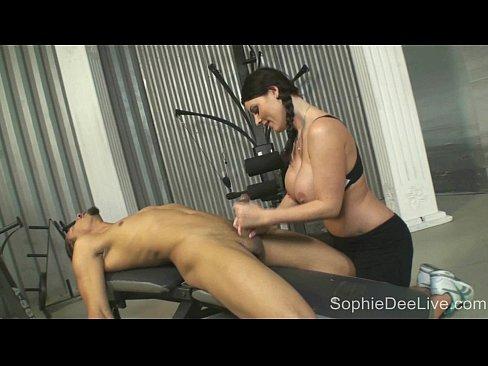 Короткие порно ролики жесткая групповуха 7 фотография