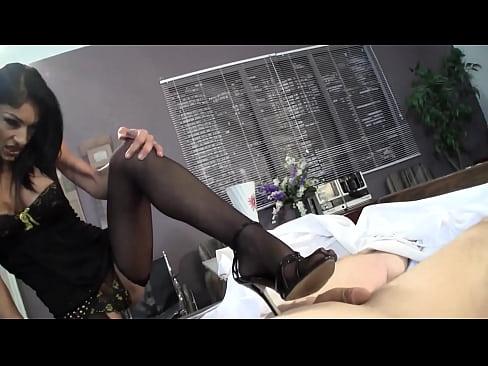 http://img-l3.xvideos.com/videos/thumbslll/70/61/df/7061dfd7f0eefea88ae8e7377a808931/7061dfd7f0eefea88ae8e7377a808931.8.jpg