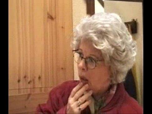 Внук просит бабушку подрочить фото 257-776