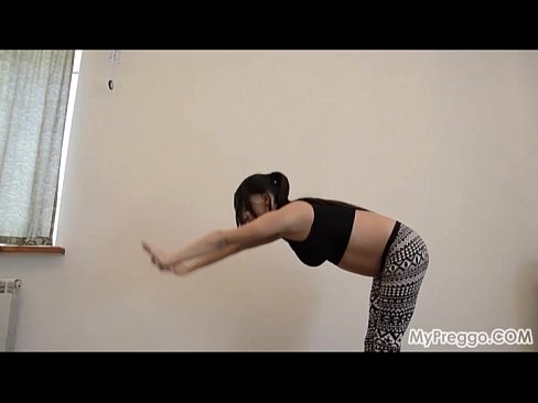 Pregnant Latoya from MyPreggo.com #4
