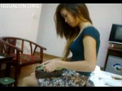 東南亞出差 找小姐玩玩 一下就被弄射了 真丟臉 <真實自拍>