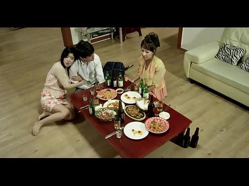 taste 2 2015 720p hdrip ss khoe hang 7