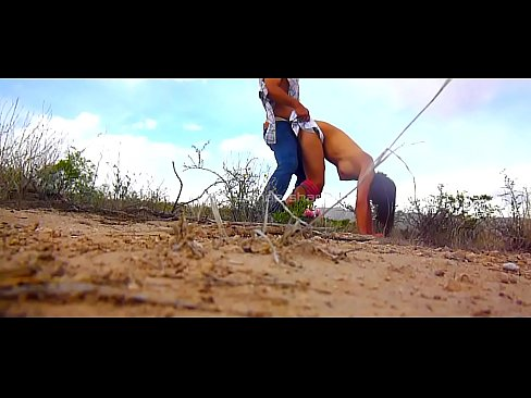 Cazando zorritas en el desierto para meterles la verga