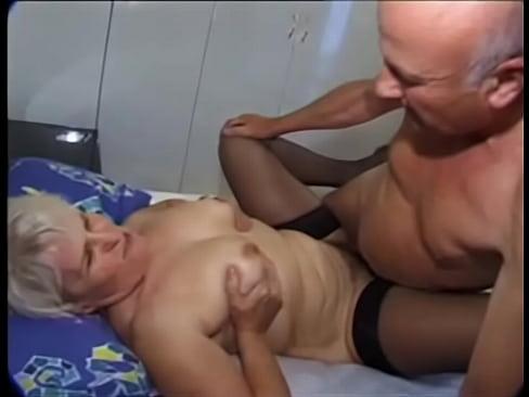 sexo com velho sexo com tia