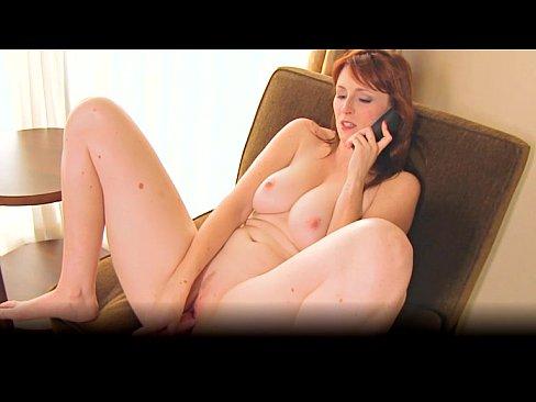 Telefonando E Se Masturbando