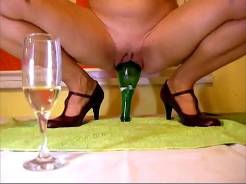 порно видео онлайн бутылка в