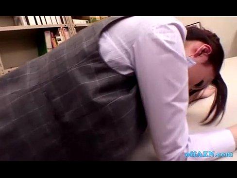 黒パンストがエロい美人OLに接吻してオフィスでハメまくりSEX!