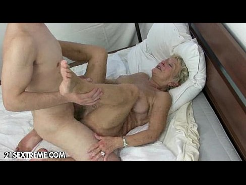 under the blanket xvideos com