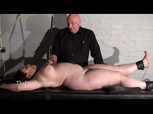 смотреть порно пытки бдсм
