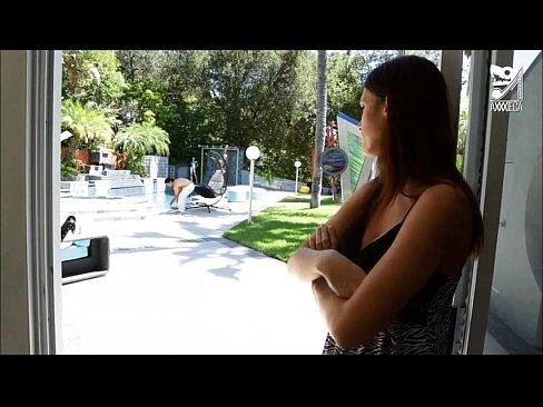 http://img-l3.xvideos.com/videos/thumbslll/87/d5/02/87d502cbaeea0c1ec51d195be3ad72eb/87d502cbaeea0c1ec51d195be3ad72eb.10.jpg